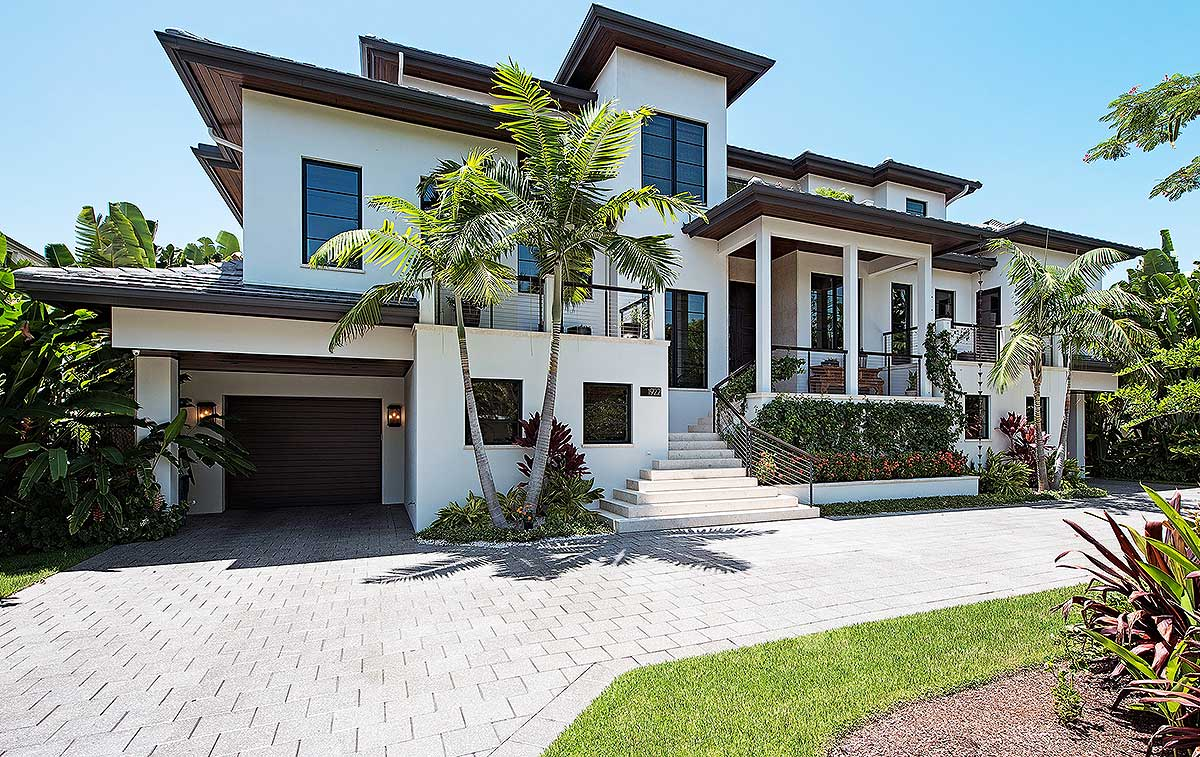 florida home with first or second floor master suite On homes with first floor master suites